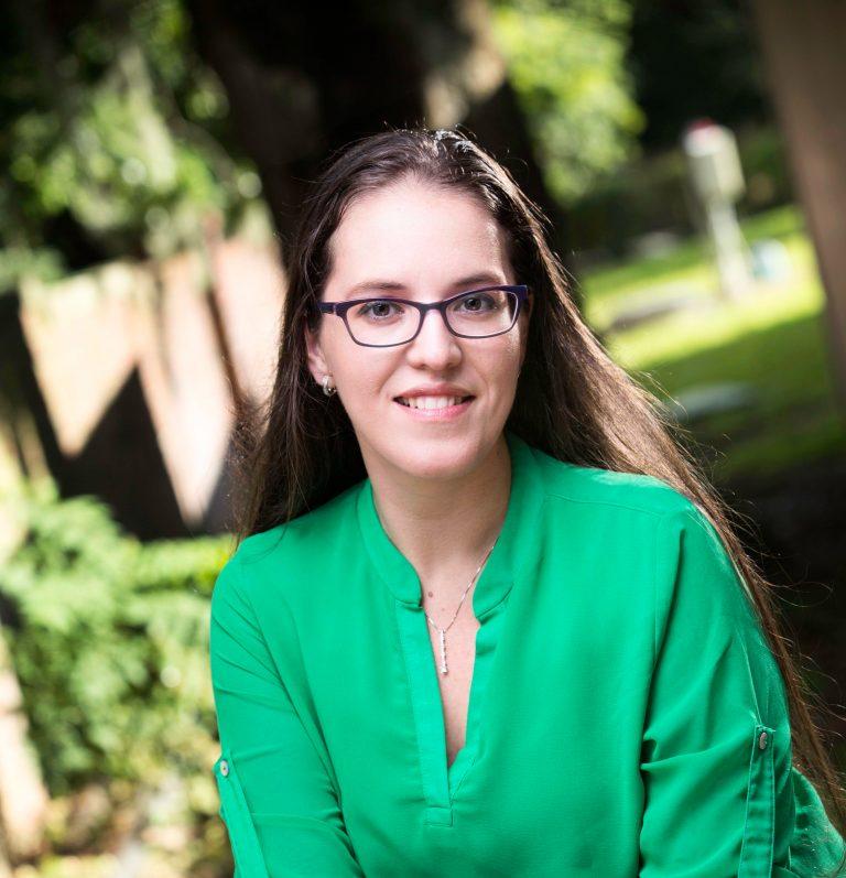 Beatriz Elizabeth Carmona Toro, APRN